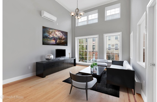 2 Bedrooms, Greenpoint Rental in NYC for $3,150 - Photo 1