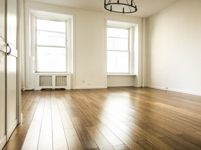 1 Bedroom, Lenox Hill Rental in NYC for $5,400 - Photo 2