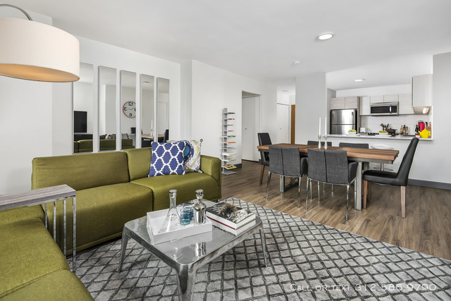 3 Bedrooms, Gold Coast Rental in Chicago, IL for $4,320 - Photo 1