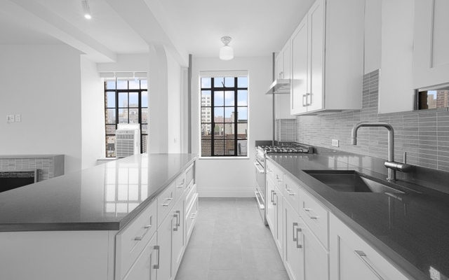 3 Bedrooms, Chelsea Rental in NYC for $8,295 - Photo 1