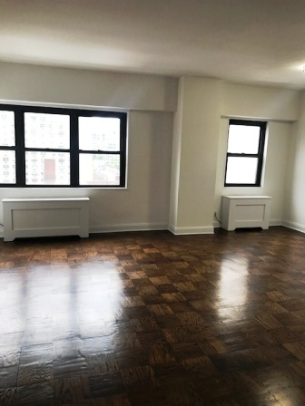 2 Bedrooms, Yorkville Rental in NYC for $5,135 - Photo 1