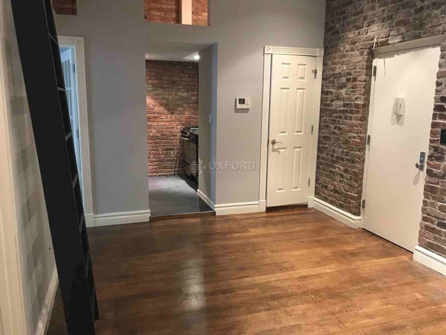 3 Bedrooms, West Village Rental in NYC for $6,456 - Photo 2
