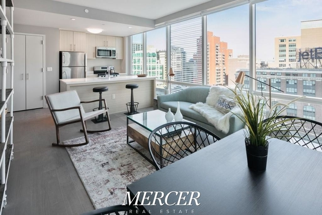 2 Bedrooms, Long Island City Rental in NYC for $5,100 - Photo 2