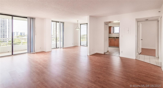 2 Bedrooms, Biscayne Yacht & Country Club Rental in Miami, FL for $2,450 - Photo 2