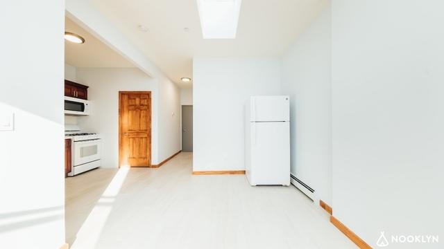 1 Bedroom, Bushwick Rental in NYC for $2,099 - Photo 2