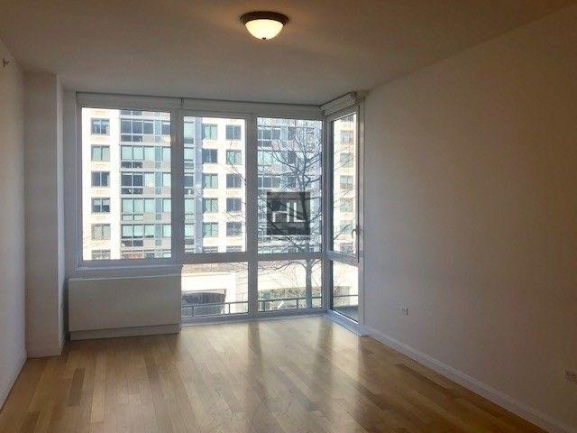 Studio, Manhattan Valley Rental in NYC for $2,558 - Photo 2