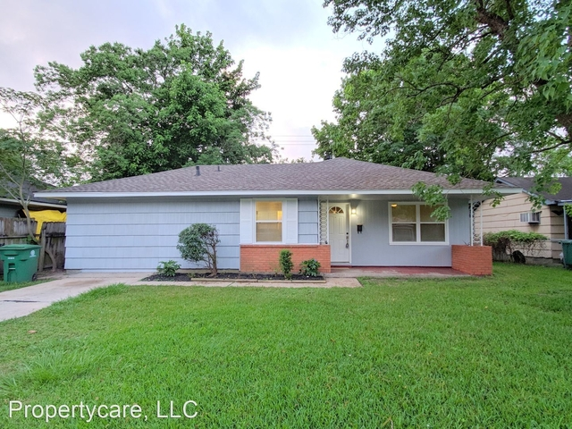 3 Bedrooms, Eastridge Terrace Rental in Houston for $1,395 - Photo 1
