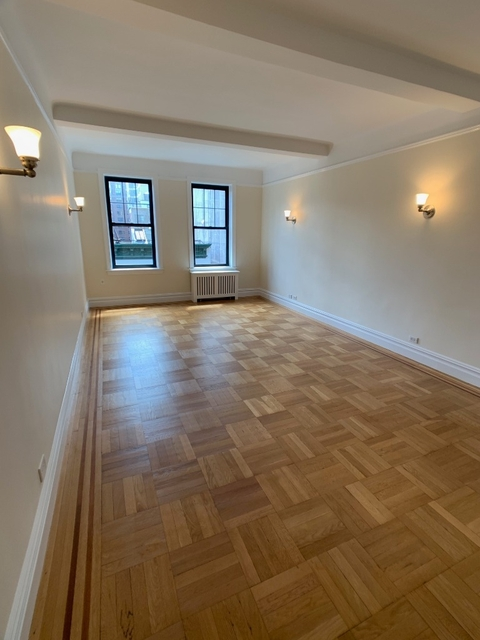 2 Bedrooms, Carnegie Hill Rental in NYC for $5,775 - Photo 1