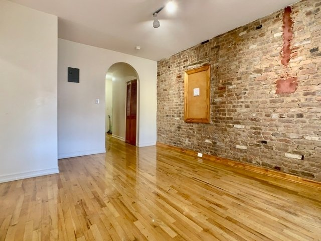 3 Bedrooms, Washington Heights Rental in NYC for $2,950 - Photo 1
