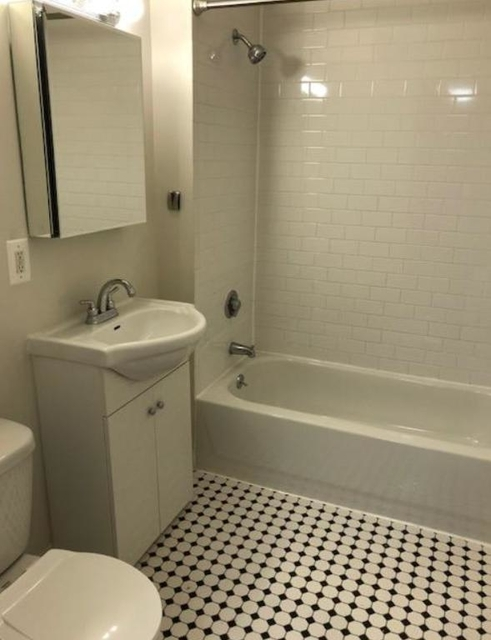2 Bedrooms, Upper West Side Rental in NYC for $6,800 - Photo 2