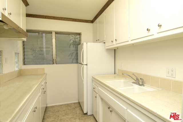 1 Bedroom, West Hollywood Rental in Los Angeles, CA for $2,475 - Photo 2