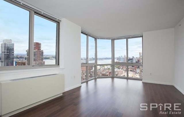 Studio, Hell's Kitchen Rental in NYC for $2,889 - Photo 1