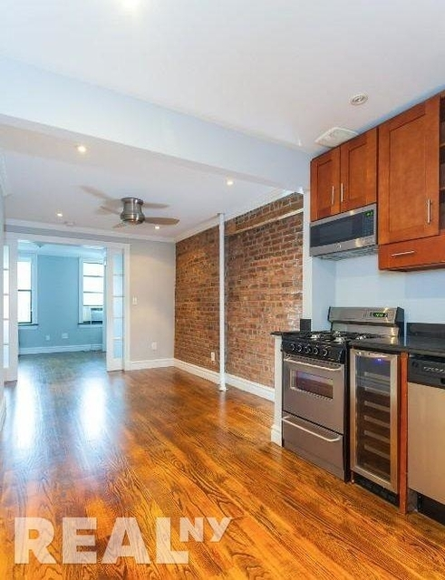 5 Bedrooms, East Village Rental in NYC for $9,226 - Photo 1