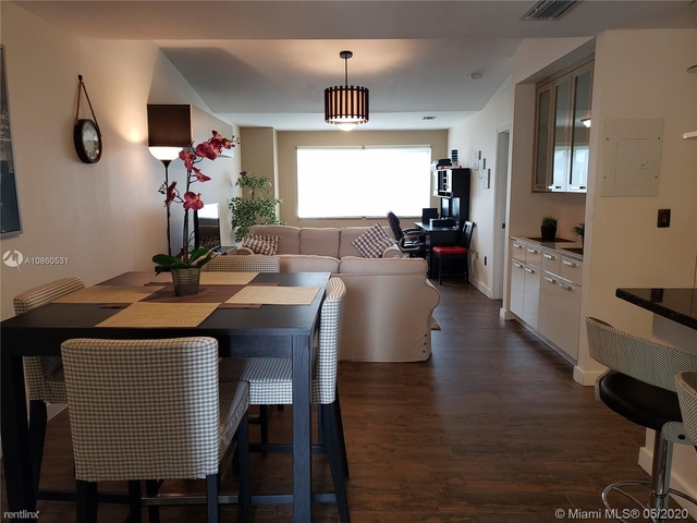 2 Bedrooms, Pelicans Point Rental in Miami, FL for $1,800 - Photo 1