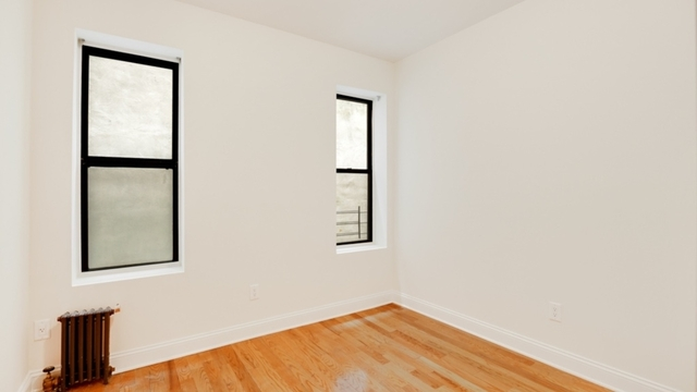 3 Bedrooms, Crown Heights Rental in NYC for $2,967 - Photo 2