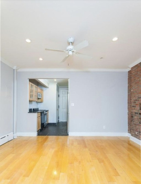 1 Bedroom, West Village Rental in NYC for $3,754 - Photo 2
