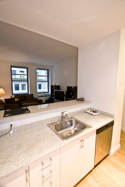 1 Bedroom, Financial District Rental in NYC for $2,696 - Photo 1