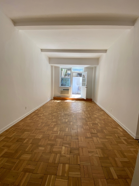 2 Bedrooms, Yorkville Rental in NYC for $2,965 - Photo 1
