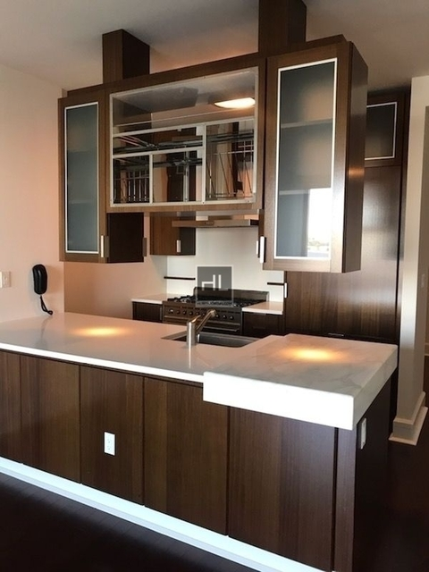 Studio, Lincoln Square Rental in NYC for $2,950 - Photo 2