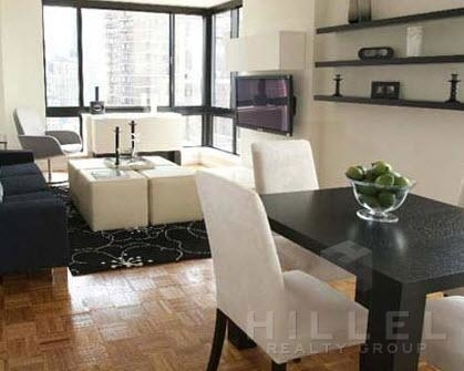 Studio, Hell's Kitchen Rental in NYC for $3,400 - Photo 2