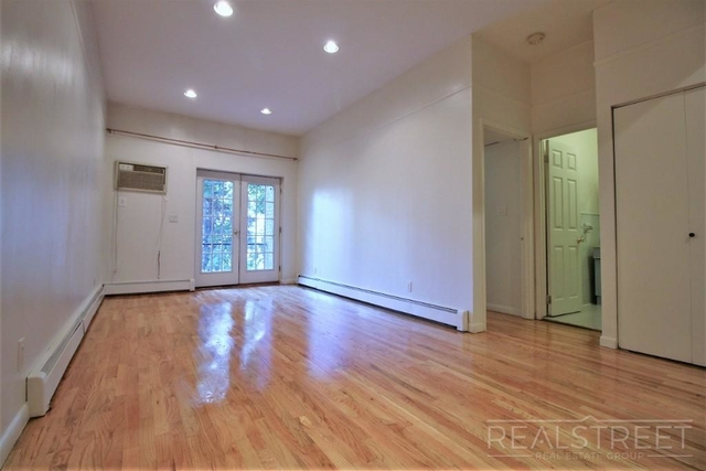 1 Bedroom, Carroll Gardens Rental in NYC for $2,600 - Photo 2