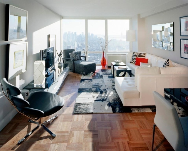 2 Bedrooms, Chelsea Rental in NYC for $6,700 - Photo 2