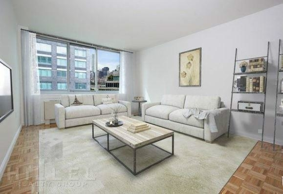 1 Bedroom, Hunters Point Rental in NYC for $3,485 - Photo 2