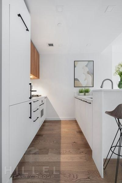 Studio, Hell's Kitchen Rental in NYC for $4,076 - Photo 2