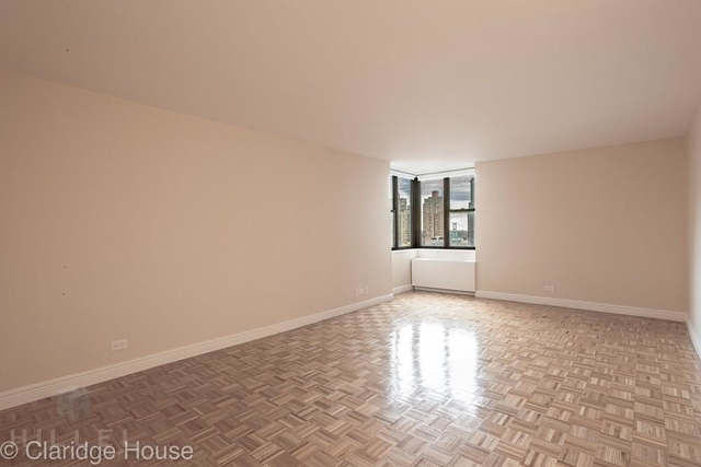 Studio, Yorkville Rental in NYC for $3,025 - Photo 2