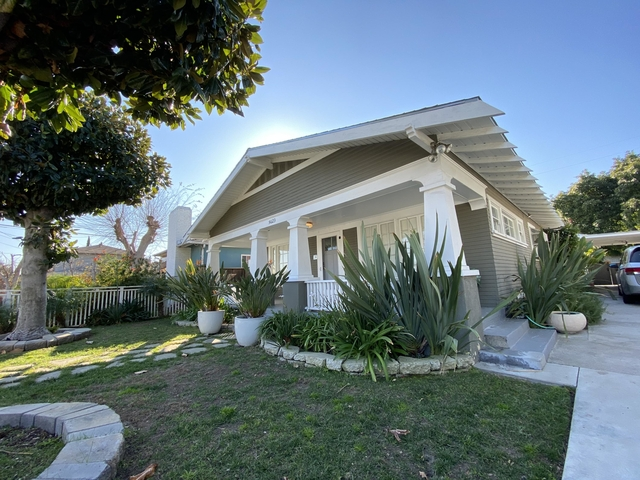 3 Bedrooms, Mid-Town North Hollywood Rental in Los Angeles, CA for $4,000 - Photo 1