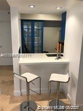 1 Bedroom, West Avenue Rental in Miami, FL for $2,600 - Photo 2