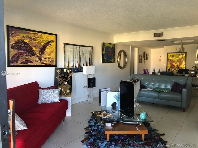 2 Bedrooms, Bonaventure Rental in Miami, FL for $2,200 - Photo 1