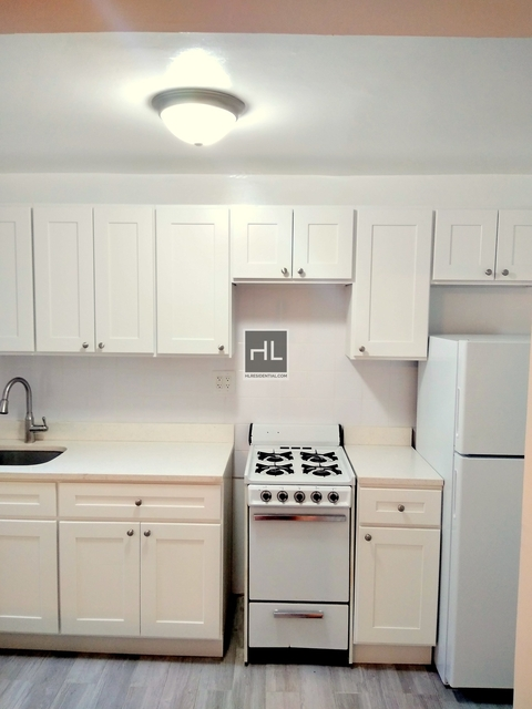 2 Bedrooms, Kensington Rental in NYC for $1,750 - Photo 1