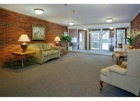 2 Bedrooms, Thompsonville Rental in Boston, MA for $3,500 - Photo 2
