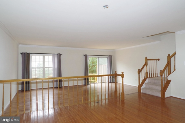 3 Bedrooms, Rose Hill Rental in Washington, DC for $2,750 - Photo 2