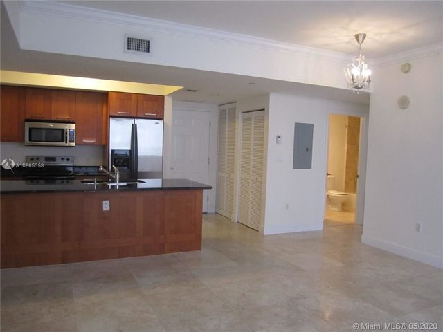 2 Bedrooms, Industrial Section Rental in Miami, FL for $2,350 - Photo 1