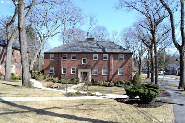2 Bedrooms, Waban Rental in Boston, MA for $2,500 - Photo 1