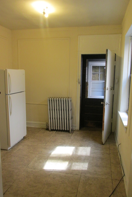 1 Bedroom, Hyde Park Rental in Chicago, IL for $1,008 - Photo 2