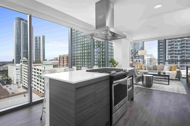 2 Bedrooms, River North Rental in Chicago, IL for $3,849 - Photo 2