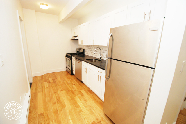 3 Bedrooms, Ridgewood Rental in NYC for $2,750 - Photo 2