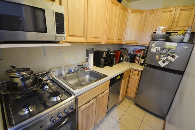 3 Bedrooms, Lincoln Square Rental in NYC for $4,850 - Photo 2