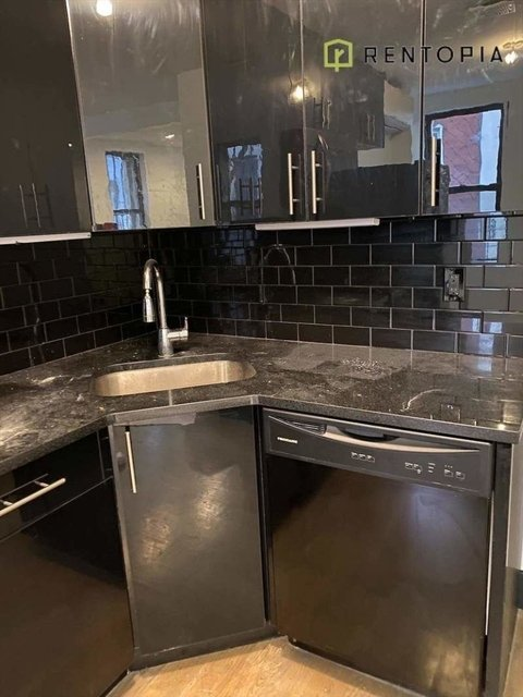 2 Bedrooms, East Williamsburg Rental in NYC for $2,683 - Photo 2