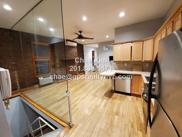 2 Bedrooms, Alphabet City Rental in NYC for $4,800 - Photo 1