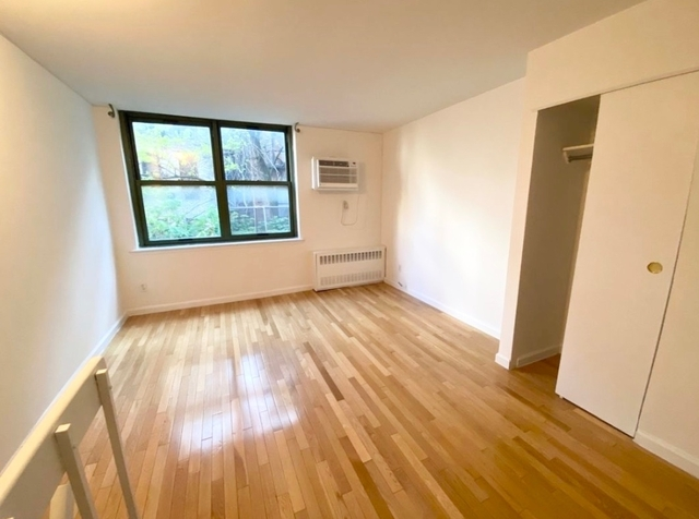 Loft, Gramercy Park Rental in NYC for $2,375 - Photo 2