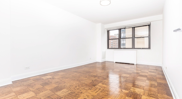 Loft, Gramercy Park Rental in NYC for $3,100 - Photo 1