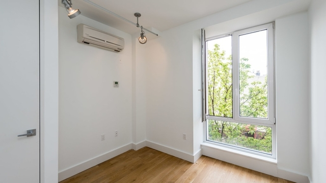 2 Bedrooms, East Williamsburg Rental in NYC for $2,994 - Photo 2