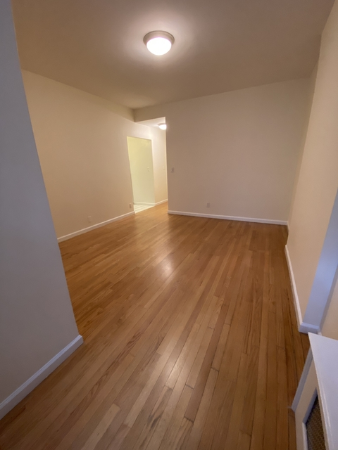 Studio, Yorkville Rental in NYC for $2,460 - Photo 1
