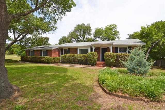 3 Bedrooms, Huffhines Hill Rental in Dallas for $2,900 - Photo 1