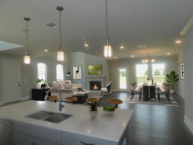 3 Bedrooms, Stonebridge Ranch Rental in Dallas for $3,200 - Photo 2