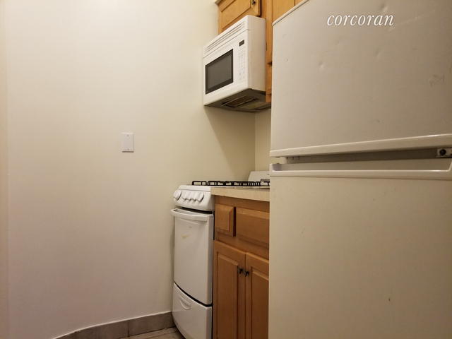Studio, Upper West Side Rental in NYC for $2,390 - Photo 2